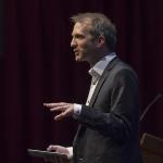 Lars Duursma tijdens Meillo-lezing (foto: marcoslotphoto.com)